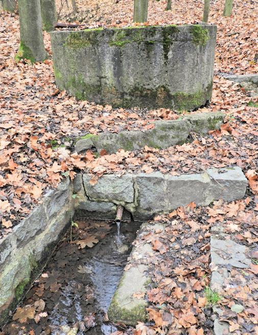 studna U Klenotů (1464)