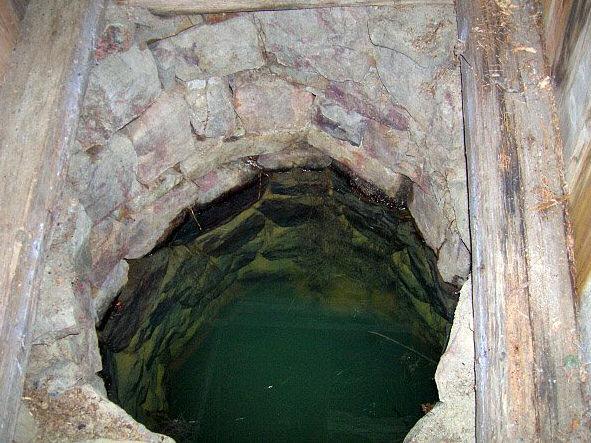studánka Pod Čihadlem (735)