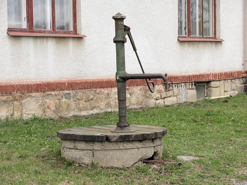 studna bez jména (3247)