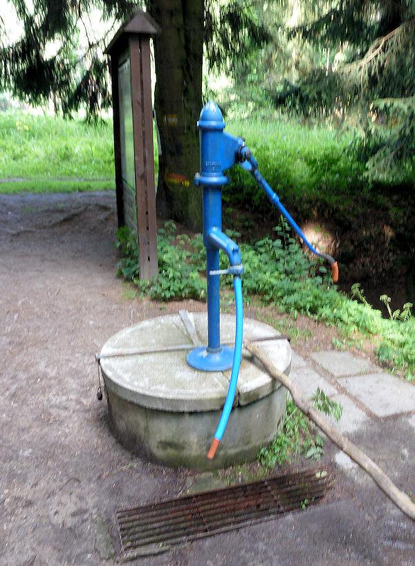 studna bez jména (4816)