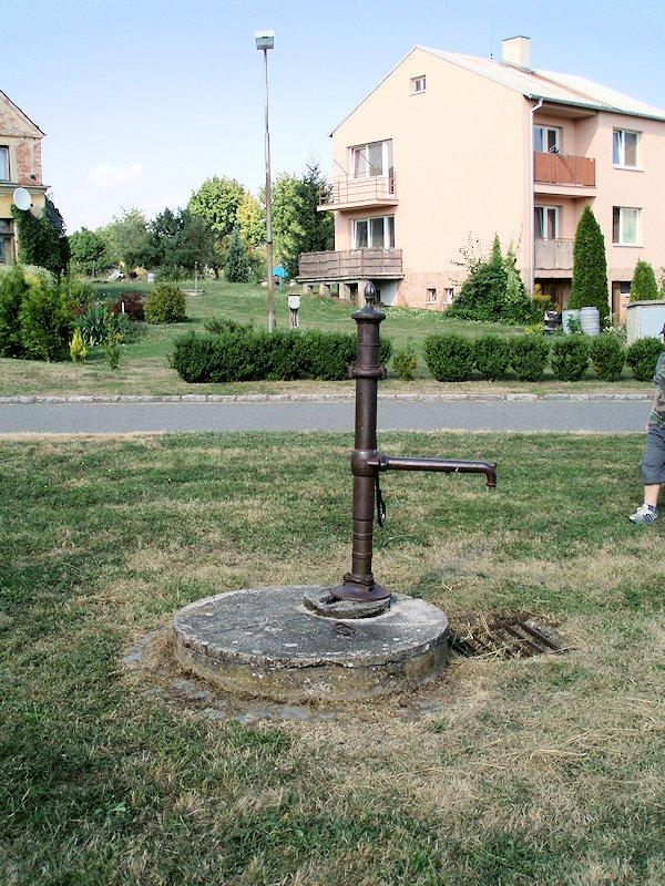 studna bez jména (7384)