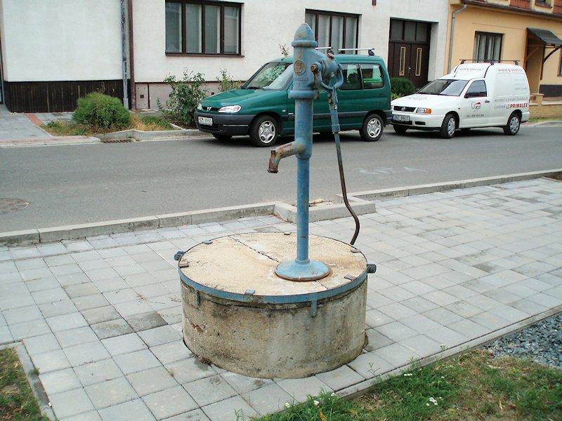 studna bez jména (7399)