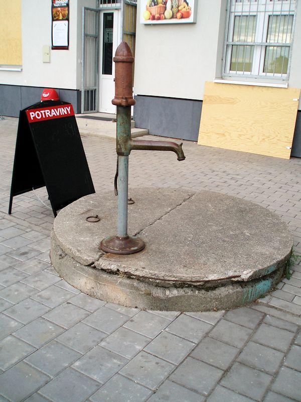studna bez jména (8749)