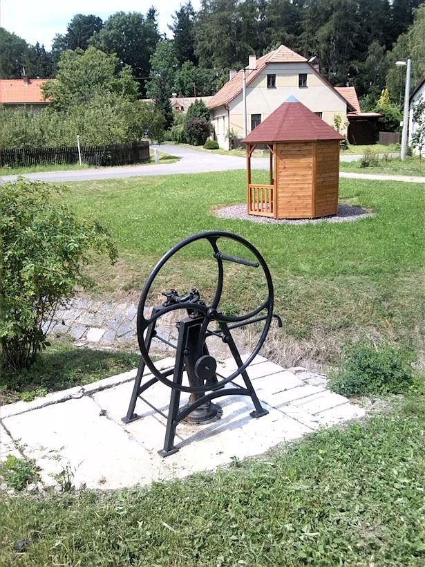studna U Tří kocourů (8786)