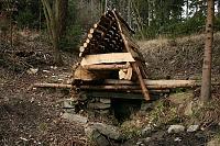 Foto záznam č. 7974 - Dřevěná studánka