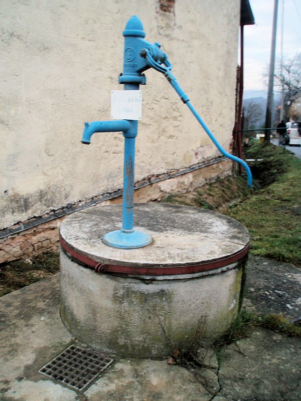 studna bez jména (10303)