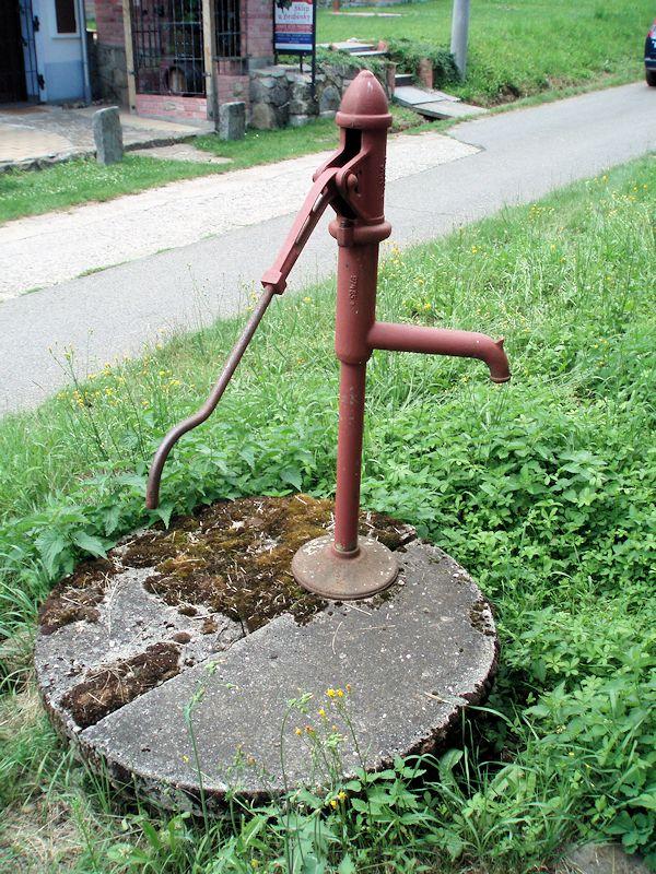 studna bez jména (10885)